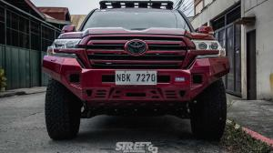 Toyota Land Cruiser 200 by Atoy Customs